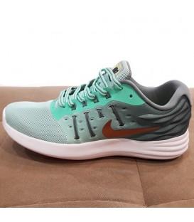کفش ورزشی زنانه برند nike کد sh4
